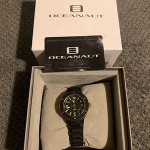 Oceanaut diver or fashion watch for women